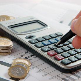 Меняется ли кадастровая стоимость: когда это возможно?