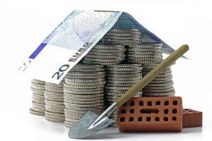 квартиры и частные строение дешевле